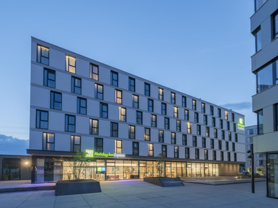 Holiday-Inn-Express, Freiburg